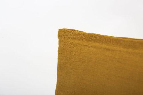 pochette en lin jaune ocre